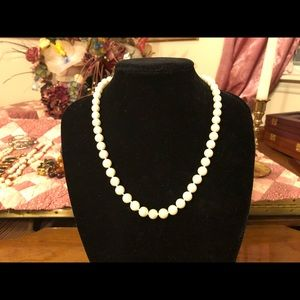 """Jewelry - Woman's 18"""" Pearl Necklace"""